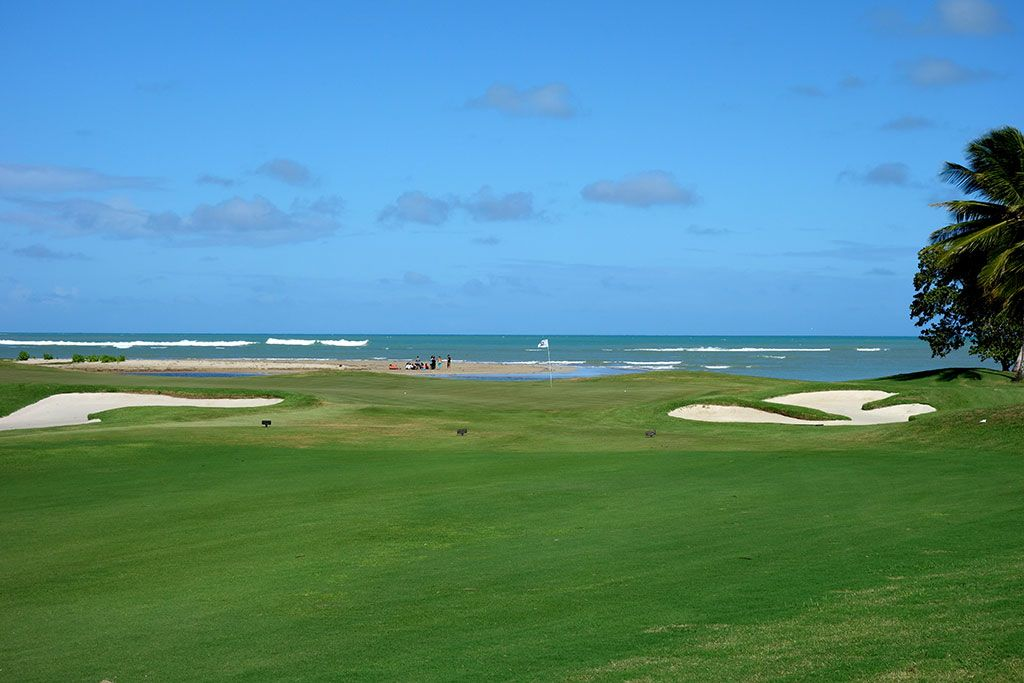 12th Hole at Coco Beach Golf and Country Club (Championship) (465 Yard Par 4)