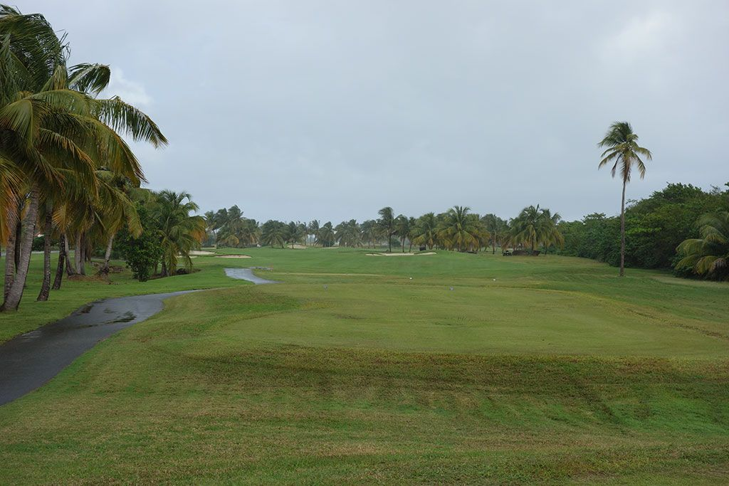 15th Hole at Coco Beach Golf and CC (Championship) (600 Yard Par 5)
