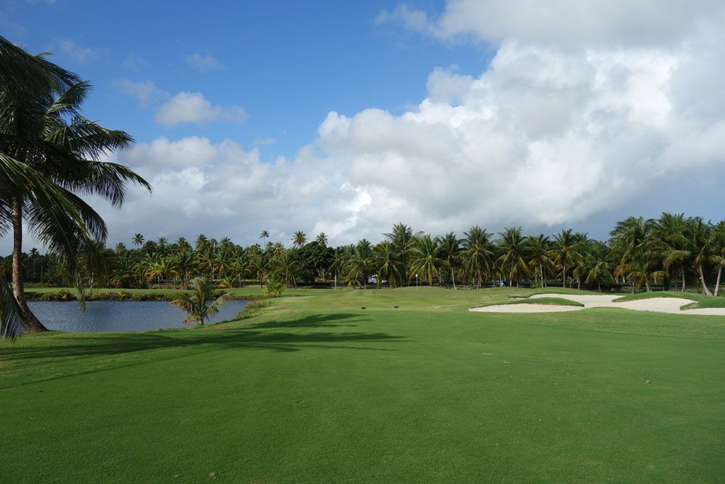 3rd Hole at Coco Beach Golf and Country Club (Championship) (386 Yard Par 4)