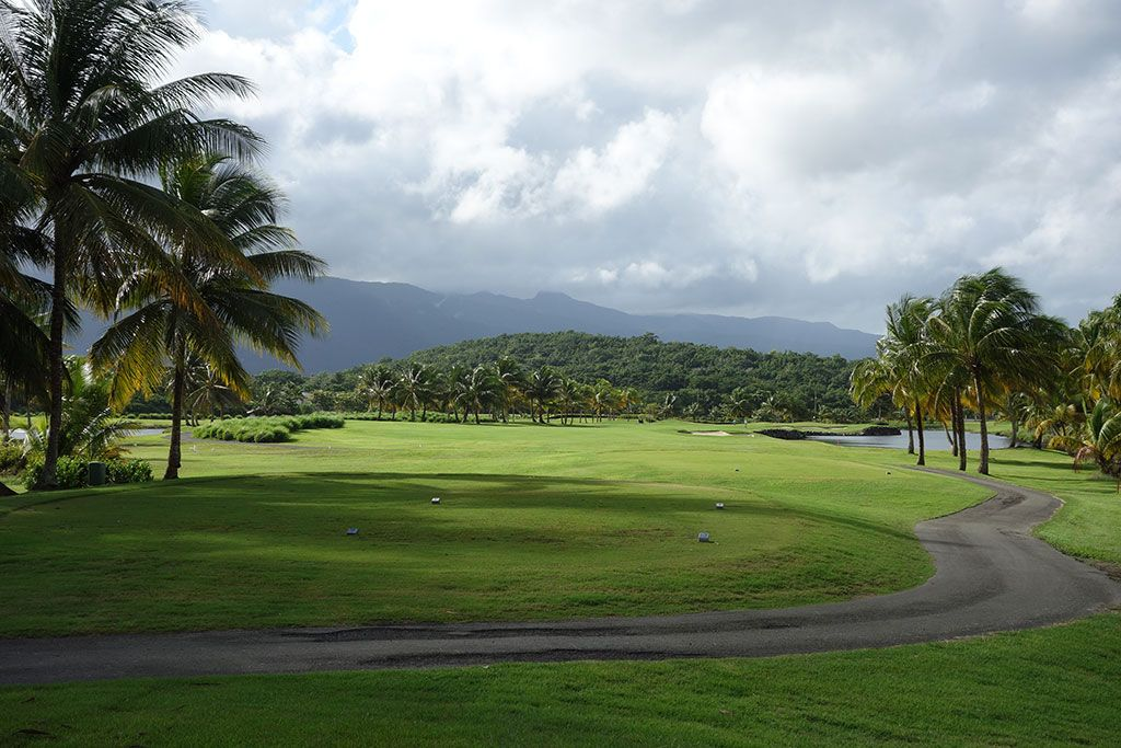 4th Hole at Coco Beach Golf and Country Club (Championship) (455 Yard Par 4)