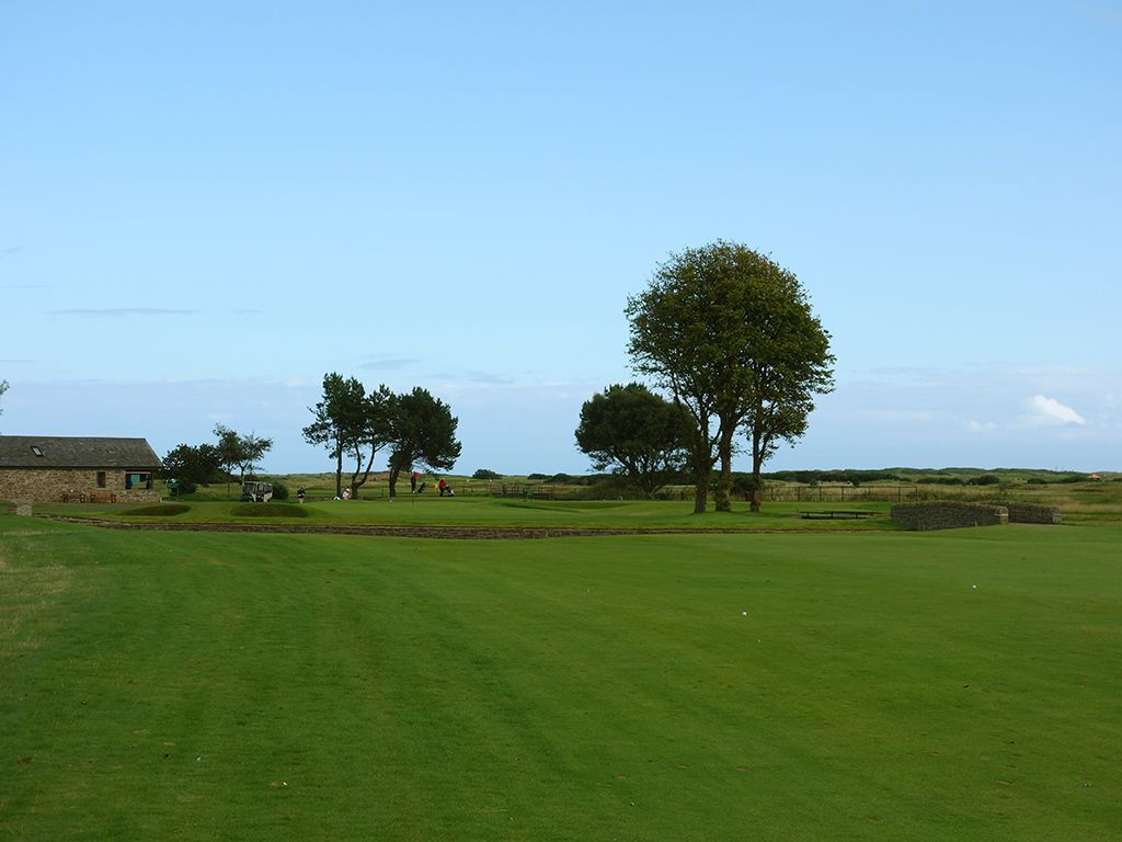 10th (South America) Hole at Carnoustie Golf Links (Championship) (446 Yard Par 4)