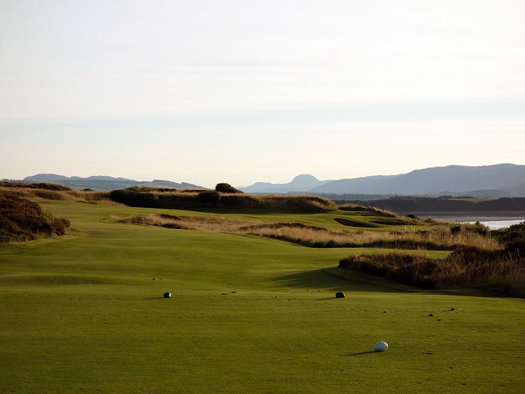17th Hole at Castle Stuart Golf Links (224 Yard Par 3)