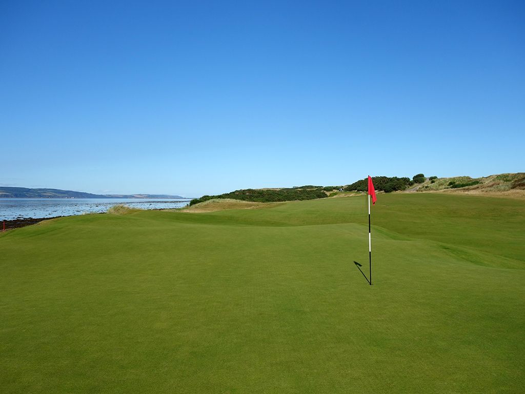 3rd Hole at Castle Stuart Golf Links (305 Yard Par 4)