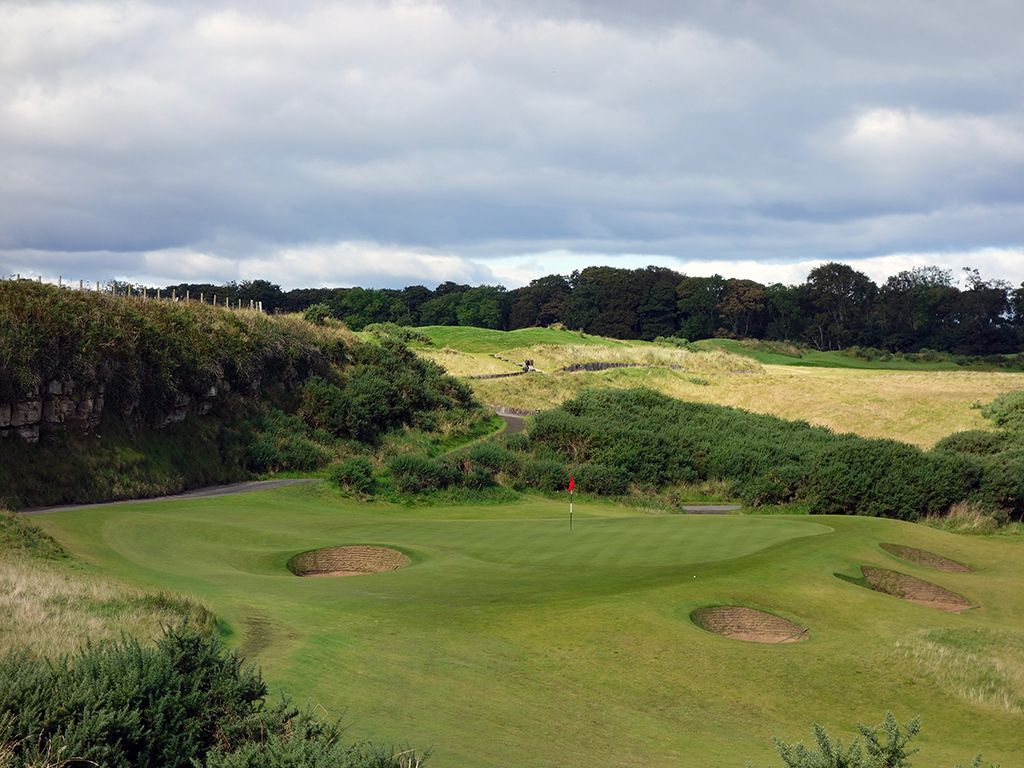 13th green at Kingsbarns with the 12th fairway in the background