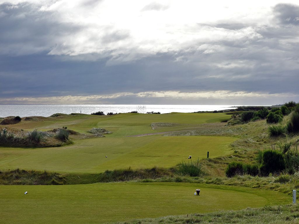 5th Hole at Kingsbarns Golf Links (426 Yard Par 4)