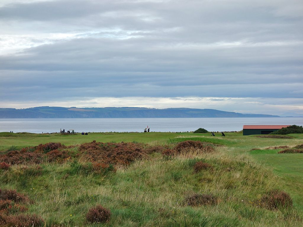 15th (Sutors) Hole at Nairn Golf Club (306 Yard Par 4)