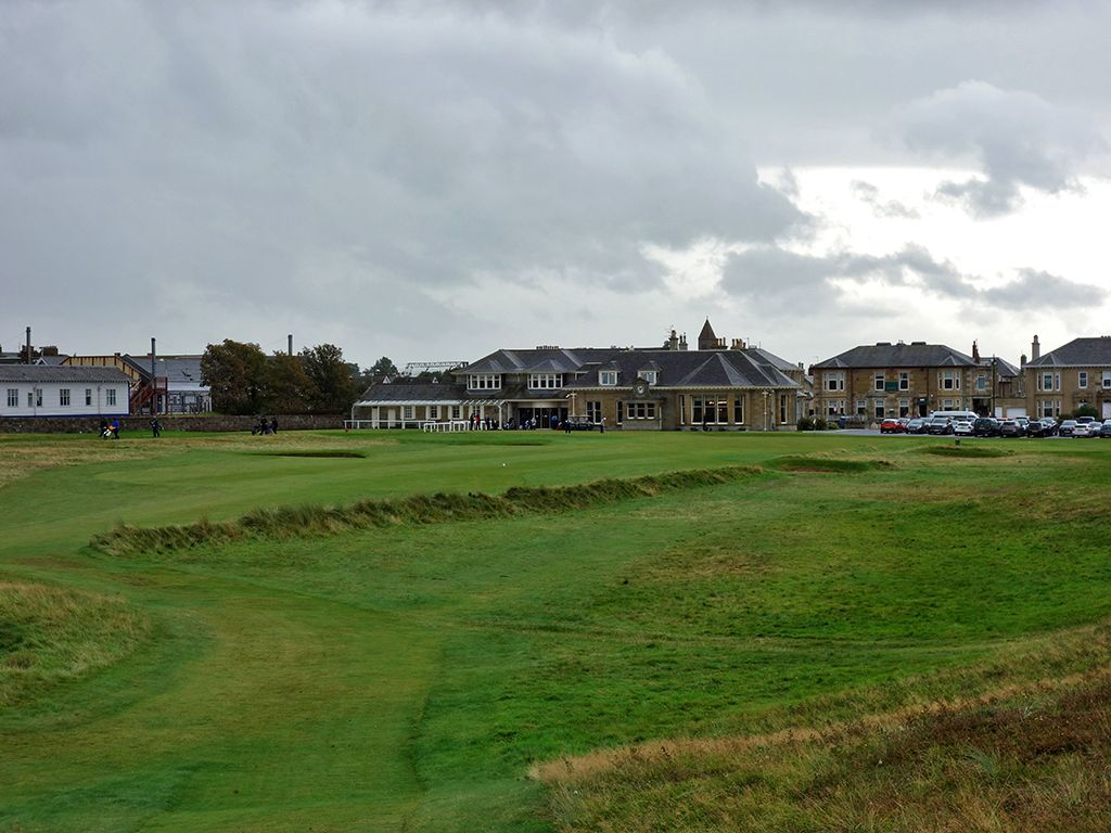 18th (Clock) Hole at Prestwick Golf Club (288 Yard Par 4)