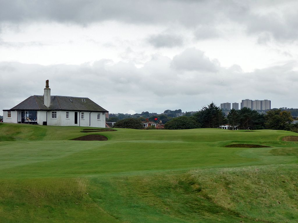 18th (Home) Hole at Royal Aberdeen Golf Club (440 Yard Par 4)