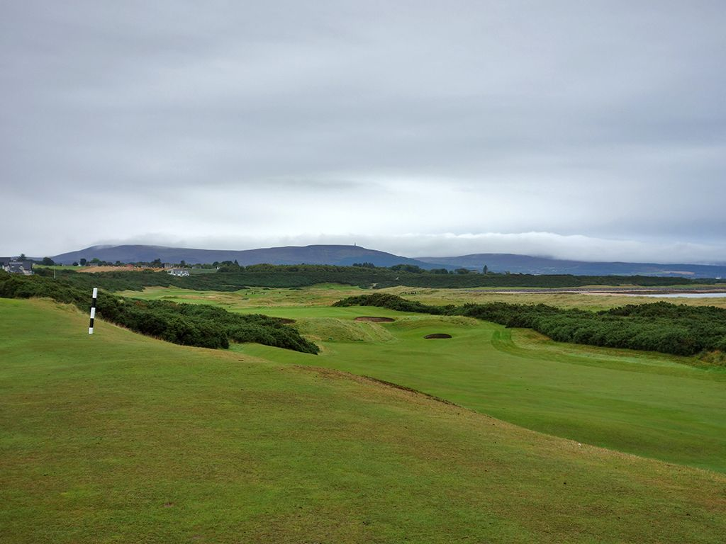 17th (Valley) Hole at Royal Dornoch (Championship) (417 Yard Par 4)