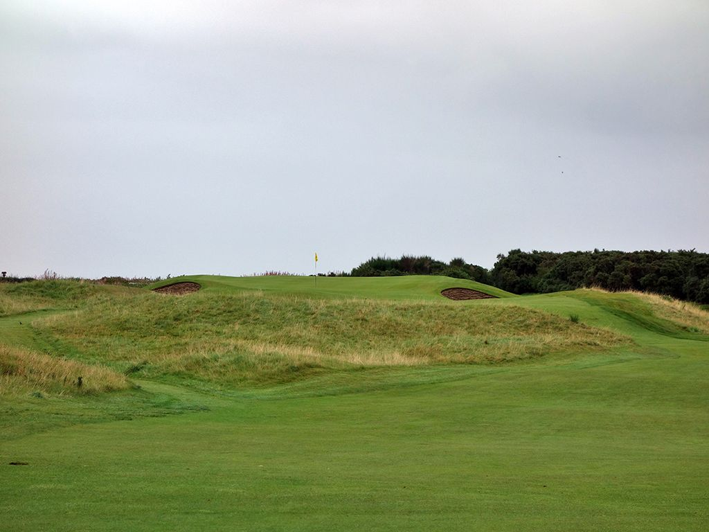 2nd (Ord) & 10th (Fuaran) Hole at Royal Dornoch (Championship) (184 & 174 Yard Par 3)