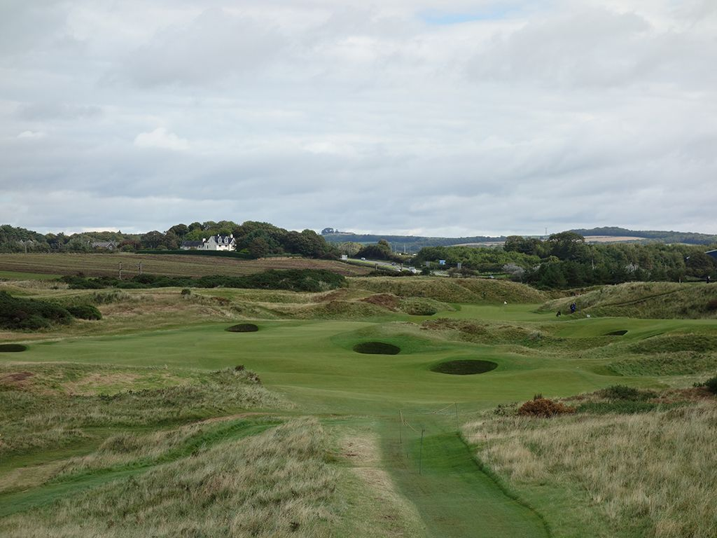 7th (Tel-el-Kebir) Hole at Royal Troon Golf Club (Old) (405 Yard Par 4)