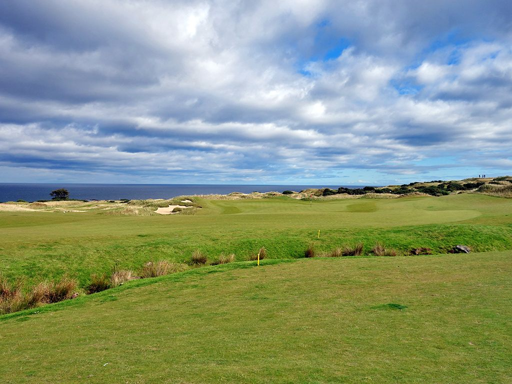 4th Hole at St Andrews Links (Castle) (540 Yard Par 5)