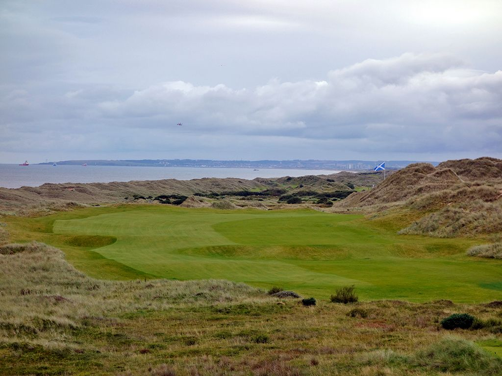 12th Hole at Trump International Golf Links Scotland (435 Yard Par 4)
