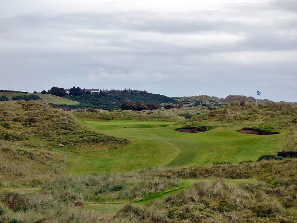 7th Hole at Trump International Golf Links Scotland (281 Yard Par 4)