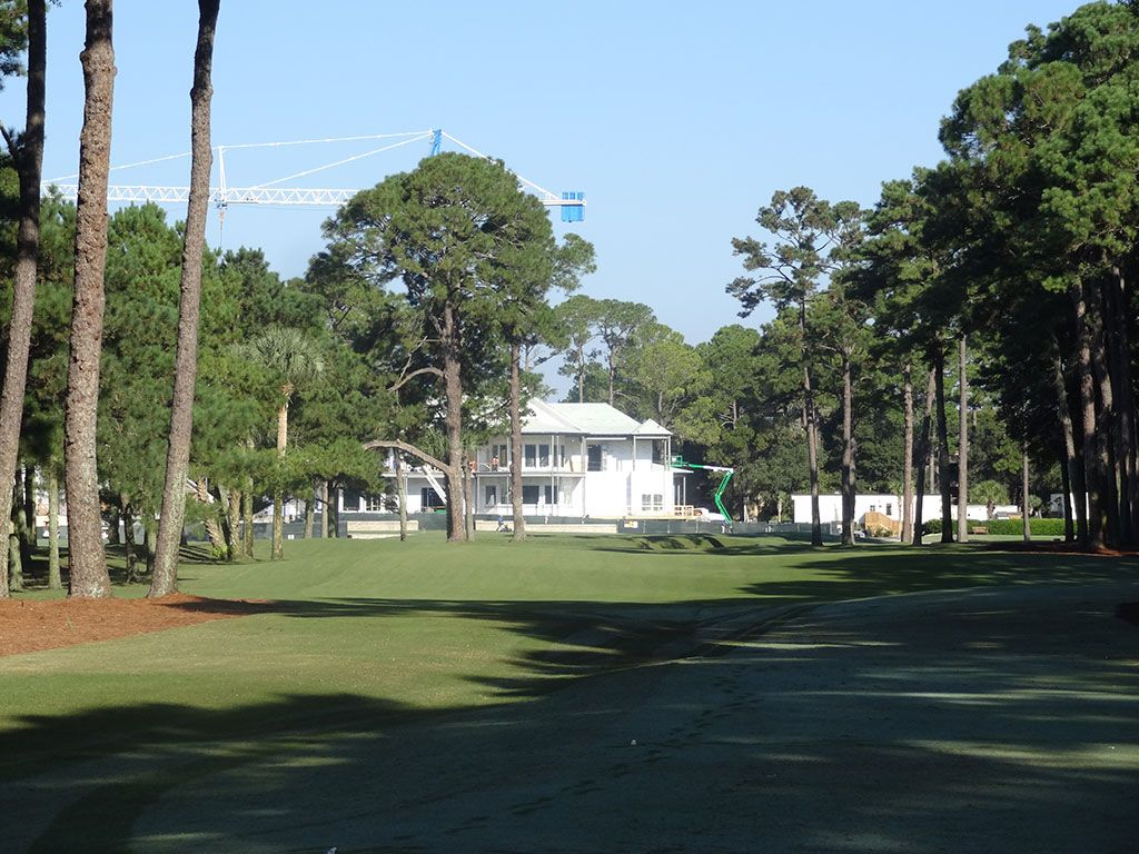9th Hole at Harbour Town Golf Links (332 Yard Par 4)