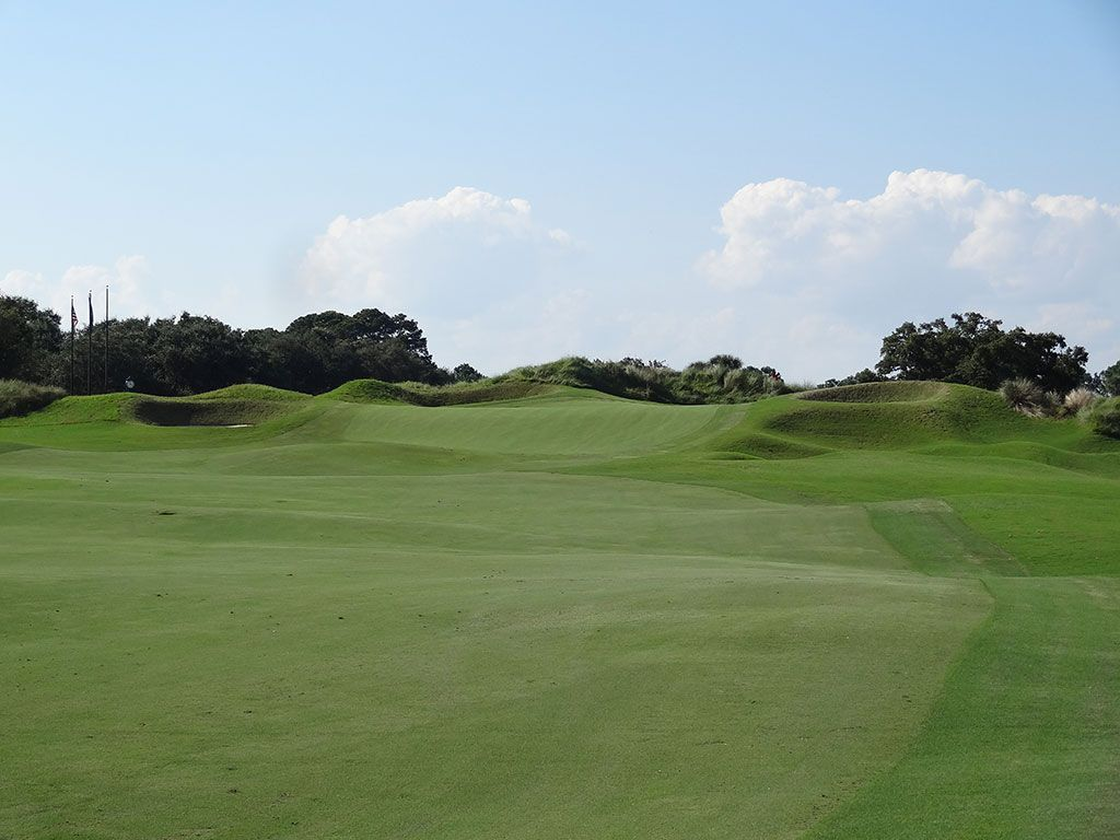 9th Hole at Kiawah Island Club (Cassique) (420 Yard Par 4)