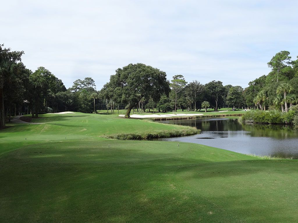 17th Hole at Kiawah Island Resort (Cougar Point) (363 Yard Par 4)