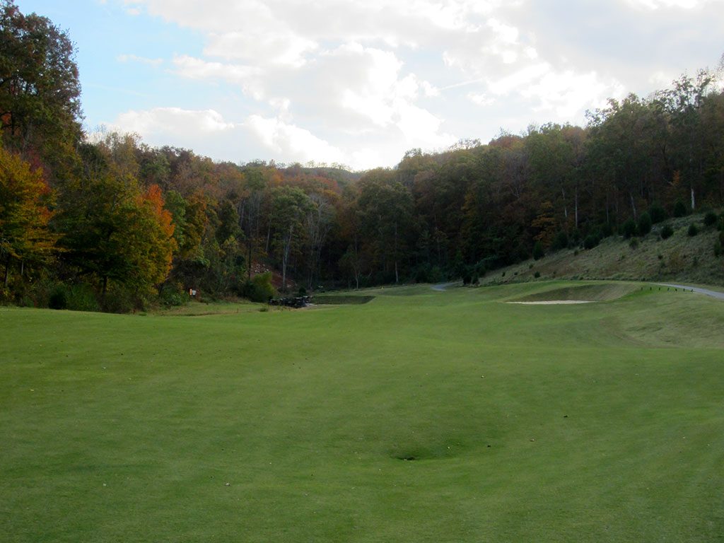 13th (Long) Hole at Black Creek Golf Club (485 Yard Par 4)