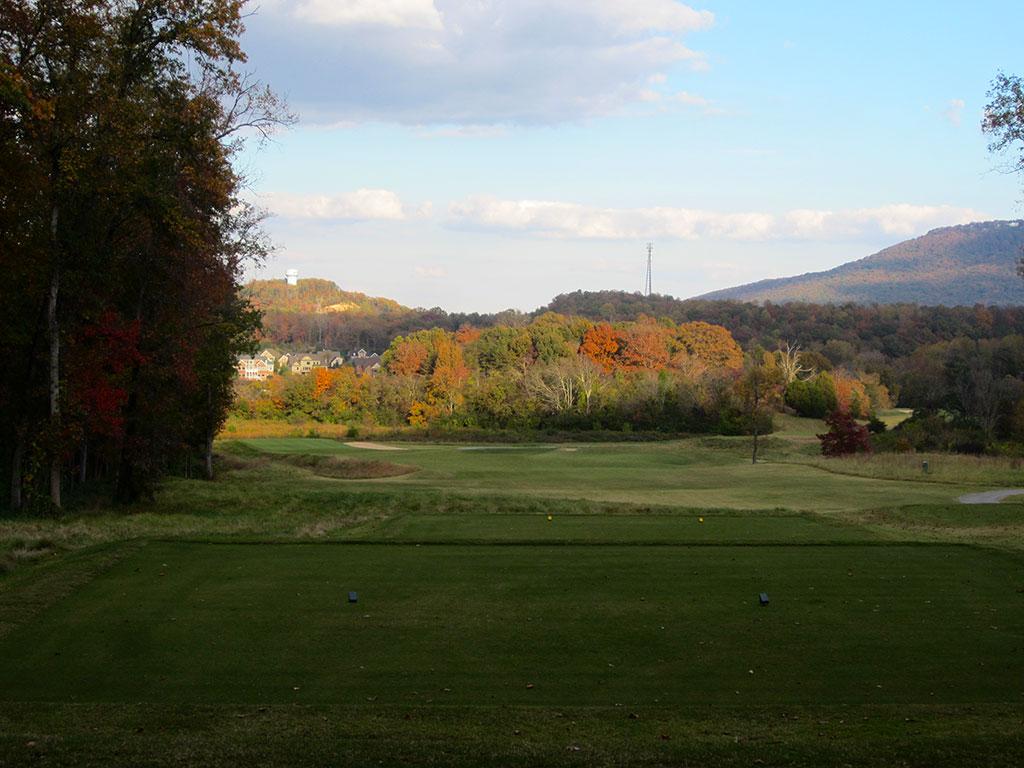 15th (Cape) Hole at Black Creek Golf Club (347 Yard Par 4)