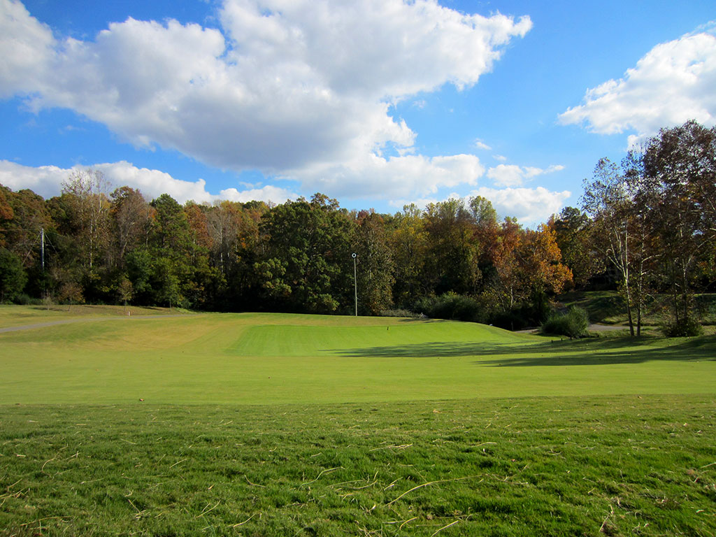 6th (Punchbowl) Hole at Black Creek Golf Club (559 Yard Par 5)