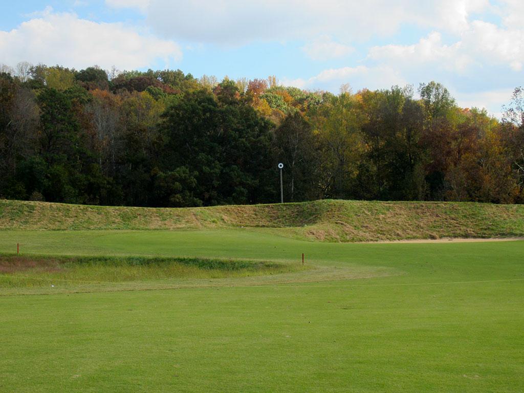6th (Punchbowl) Hole at Black Creek Golf Club (559 Yard Par 5)