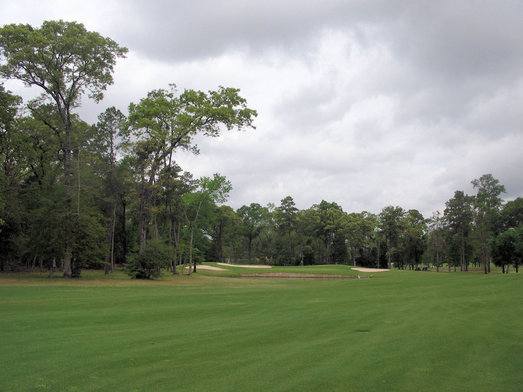 13th Hole at Augusta Pines (554 Yard Par 5)