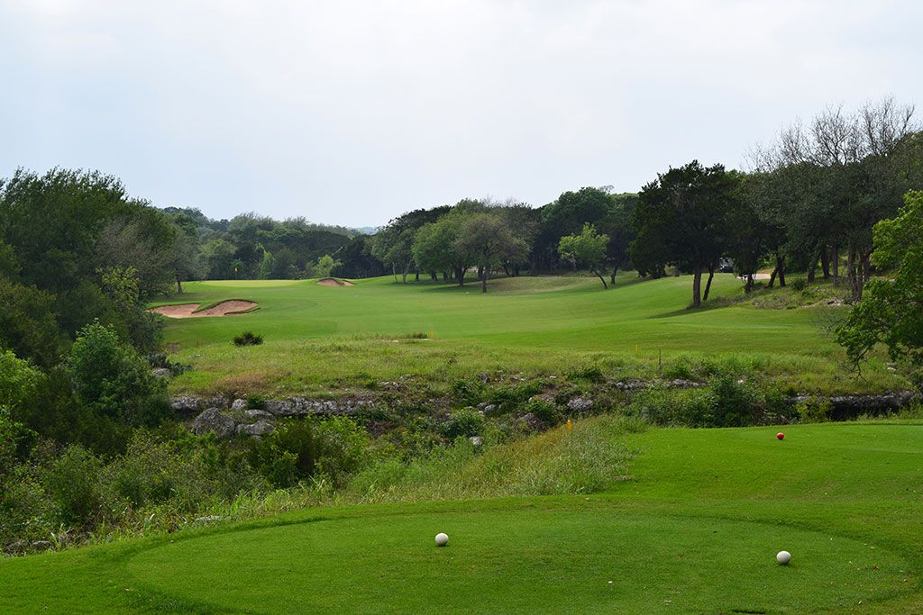 4th Hole at Barton Creek Resort (Fazio Canyons) (330 Yard Par 4)
