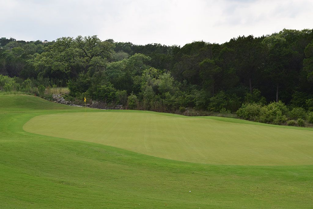 9th Hole at Barton Creek Resort (Fazio Canyons) (457 Yard Par 4)