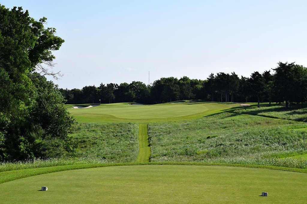 7th Hole at Dallas National Golf Club (356 Yard Par 4)