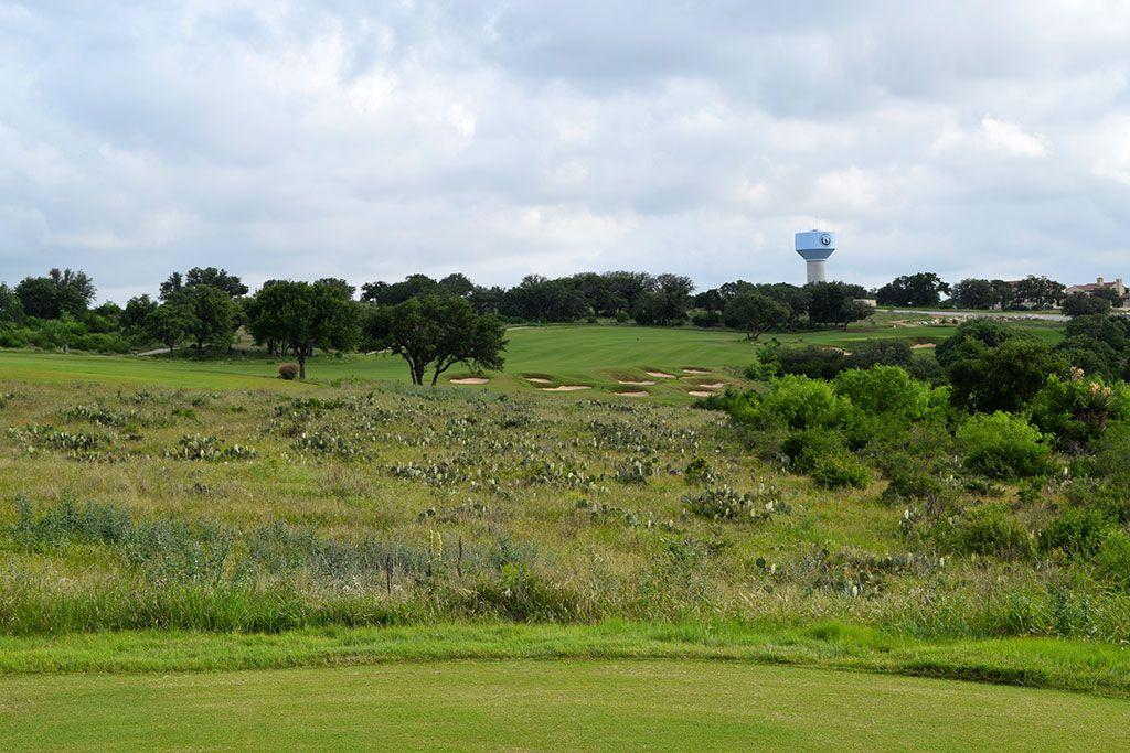10th Hole at Summit Rock Golf Club (469 Yard Par 4)