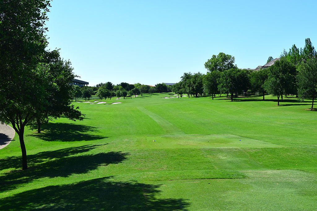 16th Hole at TPC Las Colinas (546 Yard Par 5)