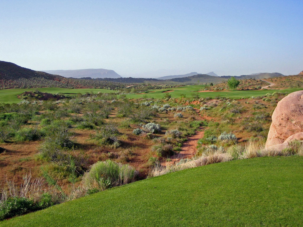 8th Hole at Coral Canyon Golf Course (312 Yard Par 4)