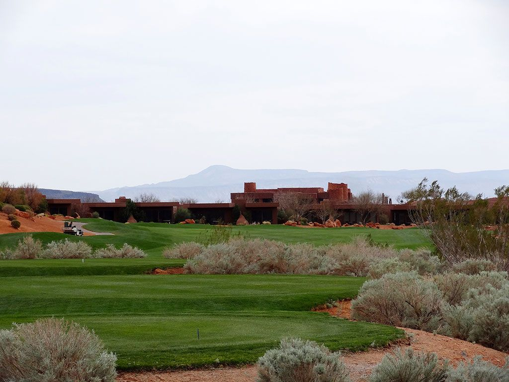 9th Hole at Entrada at Snow Canyon (613 Yard Par 5)