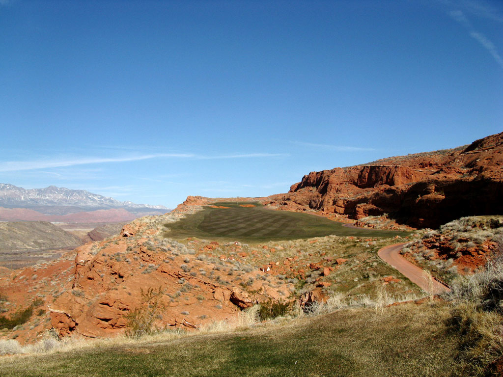 12th Hole at Sand Hollow Resort (443 Yard Par 4)