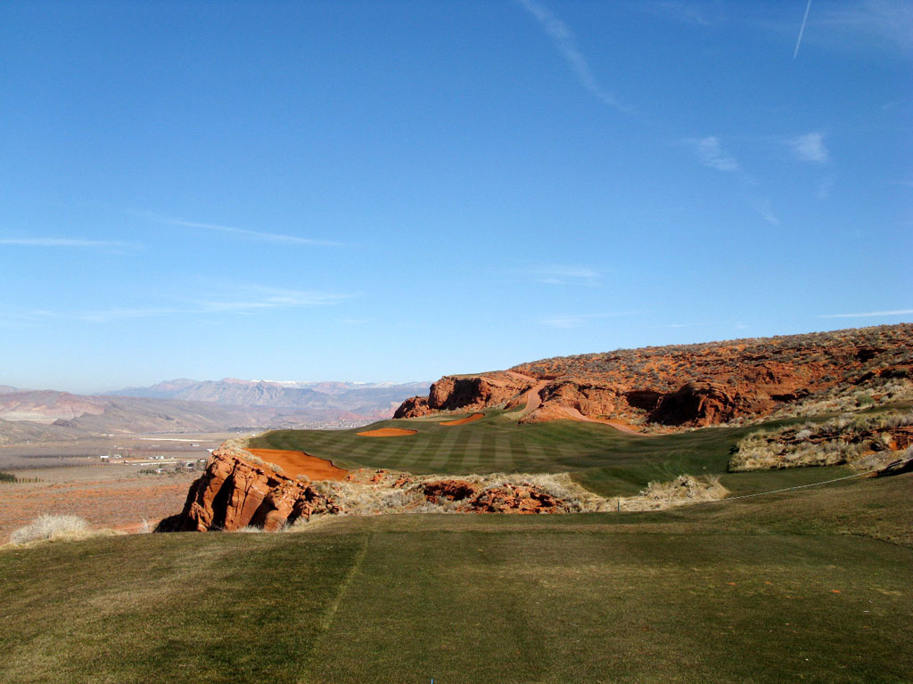 13th Hole at Sand Hollow Resort (320 Yard Par 4)