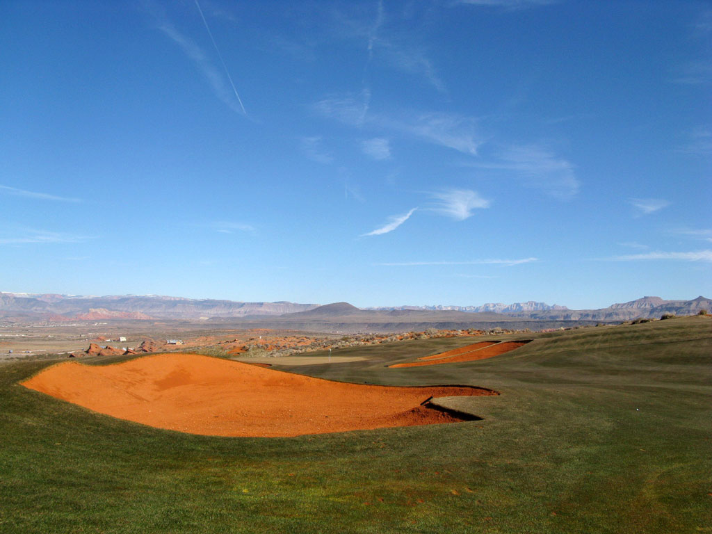 14th Hole at Sand Hollow Resort (525 Yard Par 4)