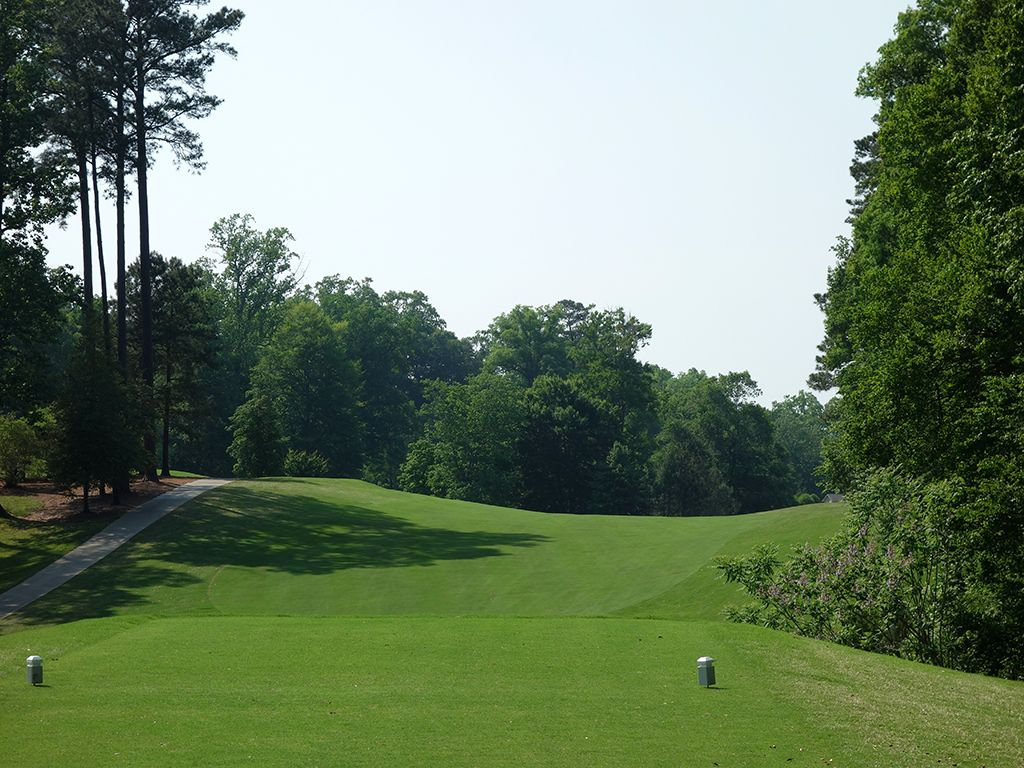 6th Hole at Golden Horseshoe Golf Club (Gold) (485 Yard Par 5)