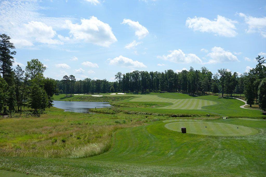 16th Hole at Kinloch Golf Club (471 Yard Par 4)