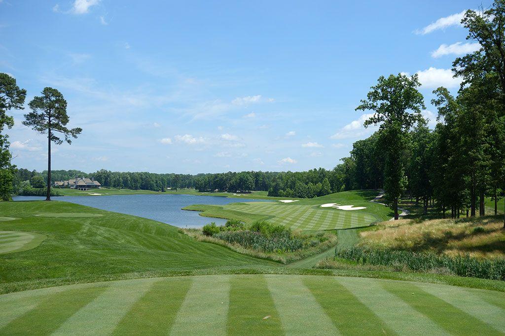 18th Hole at Kinloch Golf Club (422 Yard Par 4)