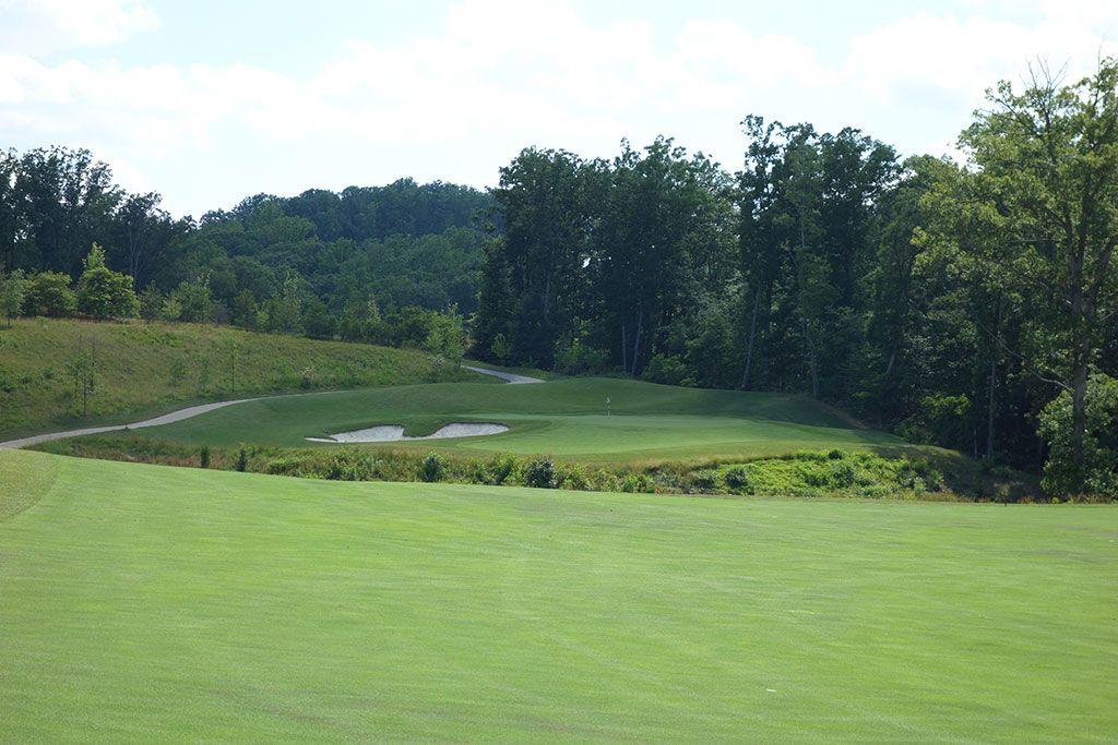 2nd Hole at Potomac Shores Golf Club (405 Yard Par 4)