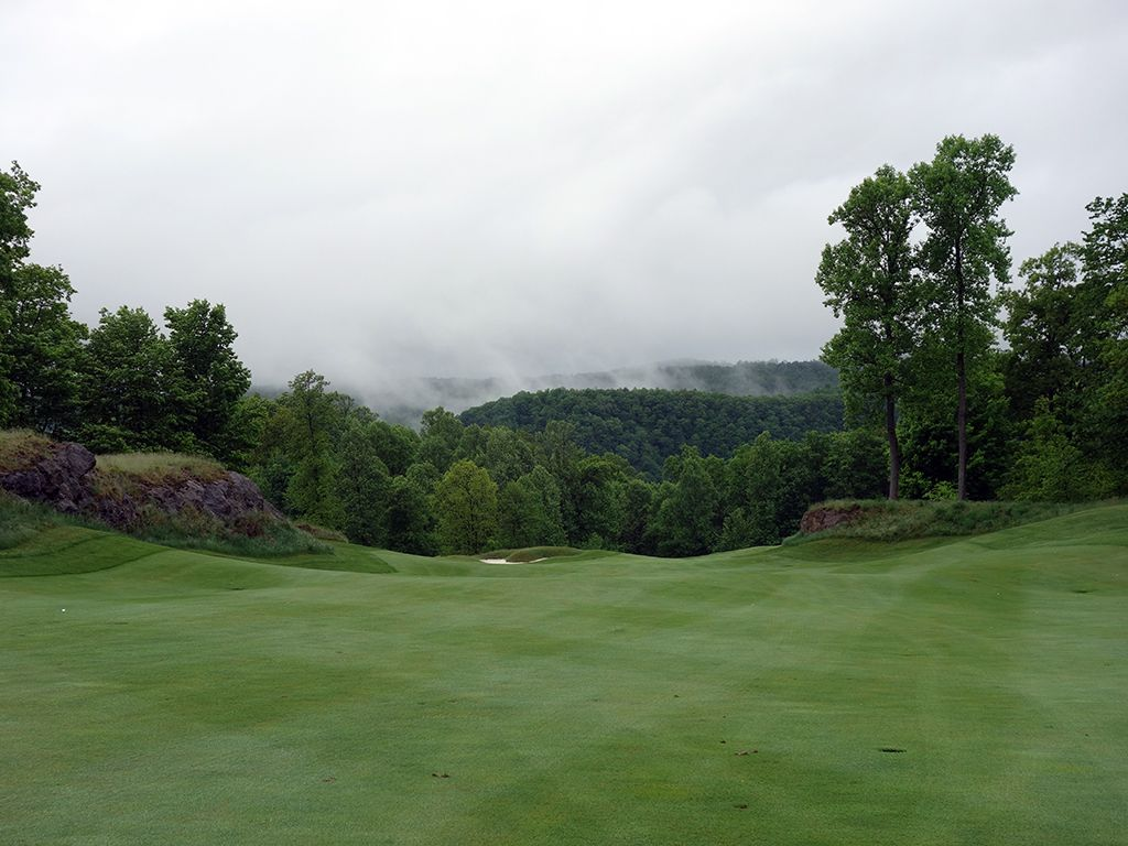 1st Hole at The Highland Course at Primland Resort (536 Yard Par 5)