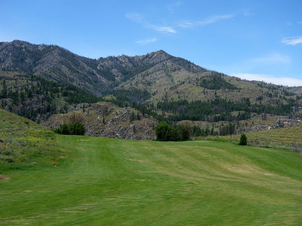 18th Hole at Alta Lake Golf Resort (387 Yard Par 4)