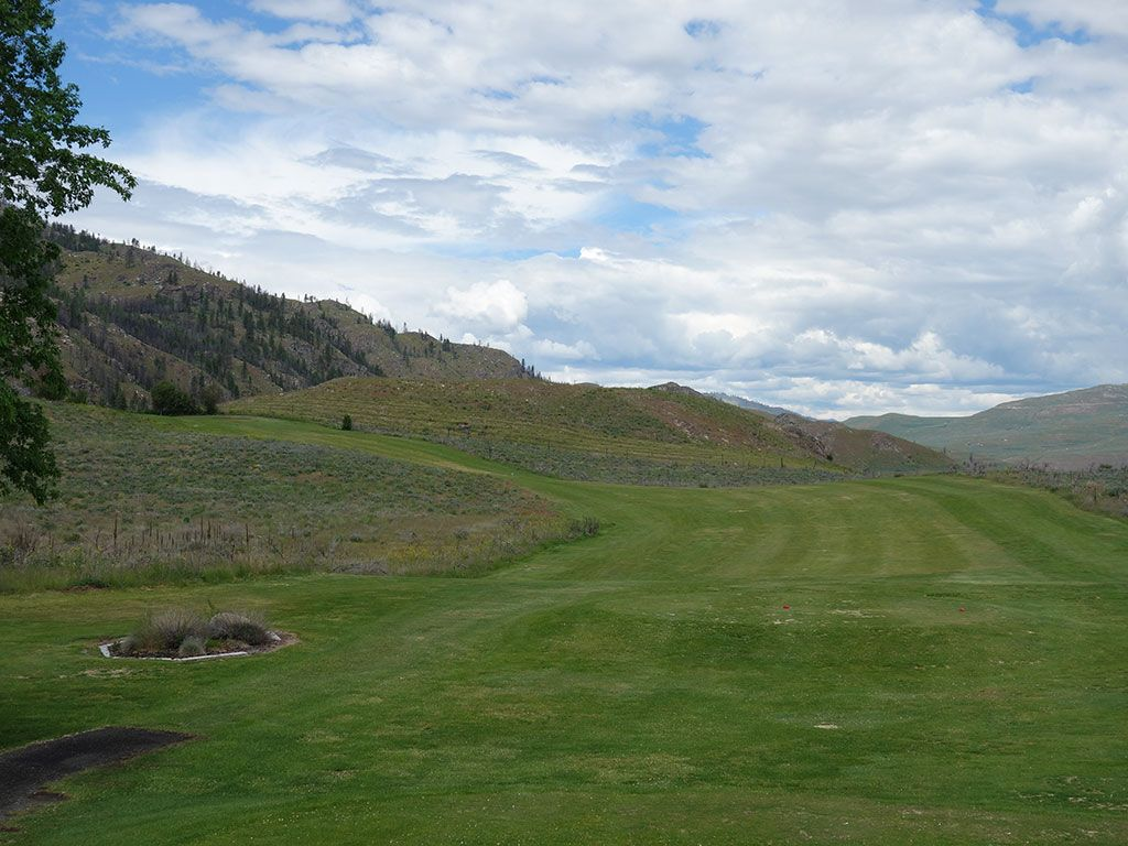 18th Hole at Alta Lake Resort (387 Yard Par 4)