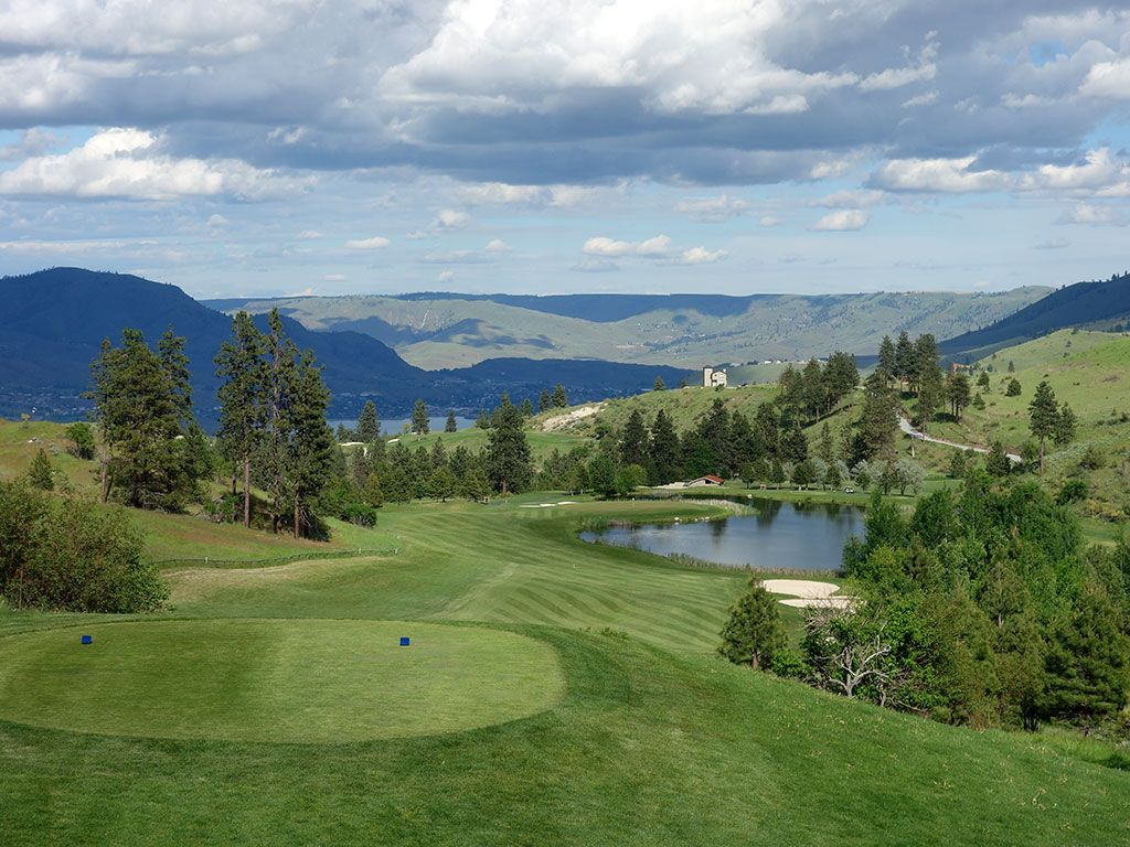 14th Hole at Bear Mountain Resort (586 Yard Par 5)