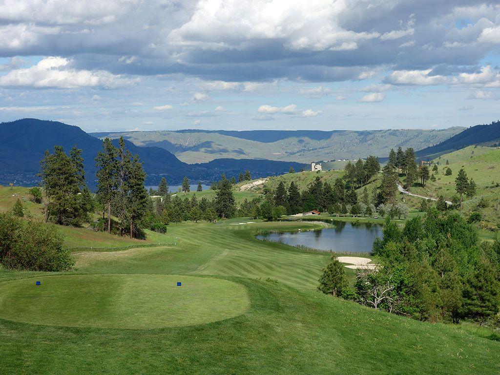 14th Hole at Bear Mountain Resort (586 Yard Par 5)