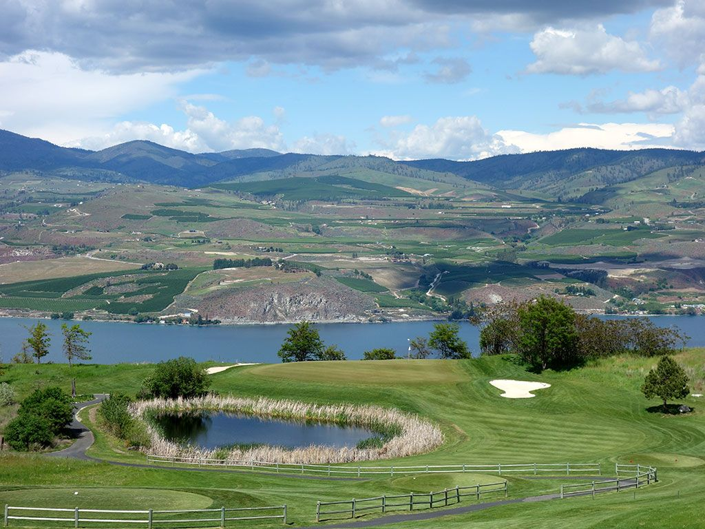 7th Hole at Bear Mountain Ranch (233 Yard Par 3)