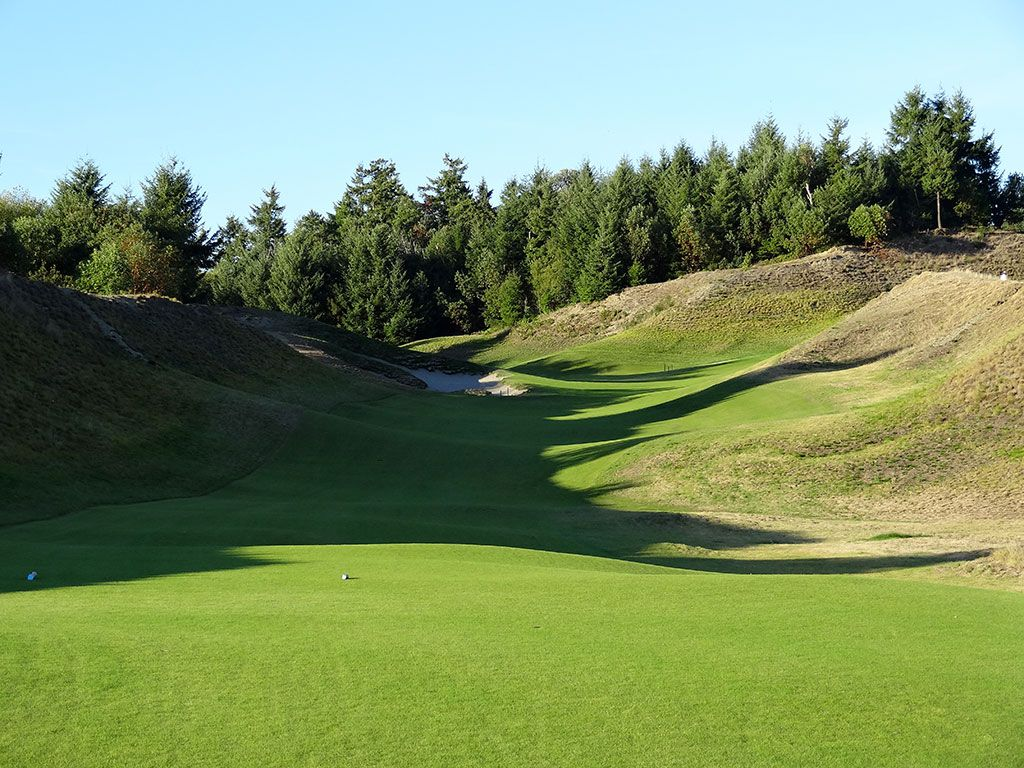 12th Hole at Chambers Bay Golf Club (304/281 Yard Par 4)