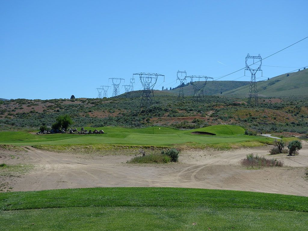 13th Hole at Desert Canyon Golf Resort (436 Yard Par 4)