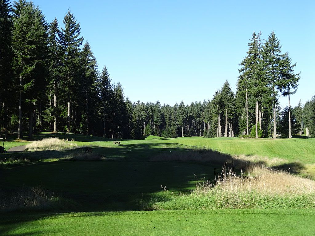 7th Hole at Gold Mountain (Olympic) (462 Yard Par 4)