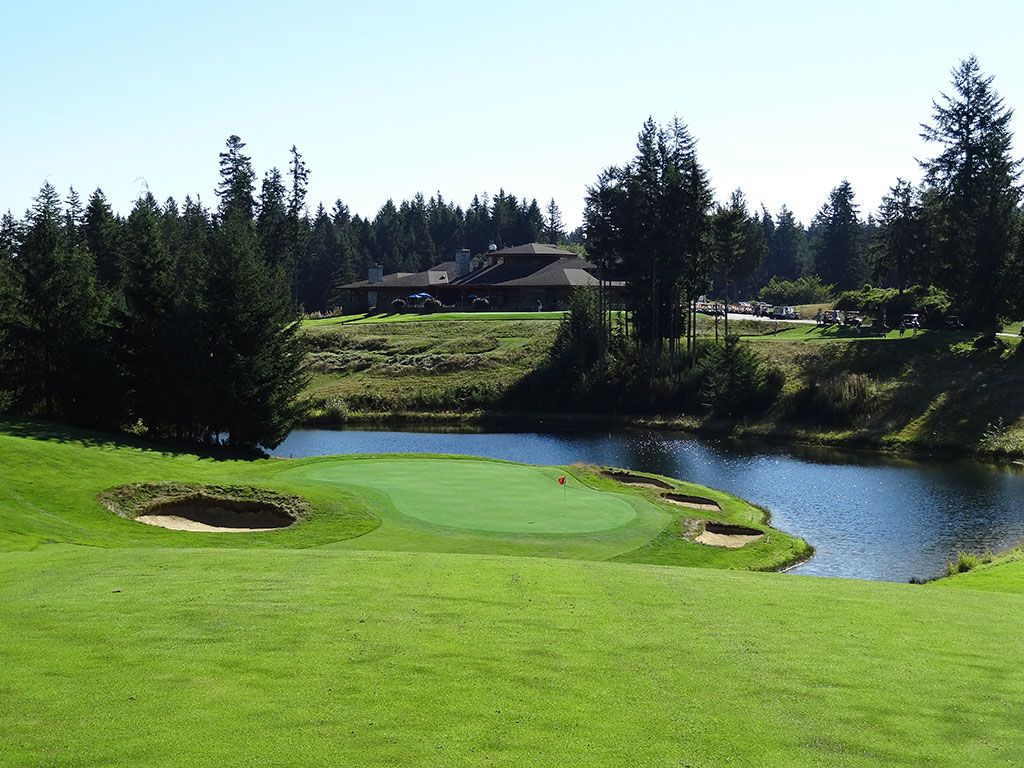 9th Hole at Gold Mountain (Olympic) (621 Yard Par 5)